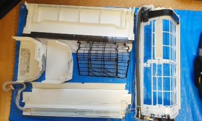 パナソニックお掃除機能付きエアコンの分解洗浄