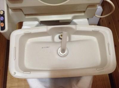 トイレタンク内のクリーニング