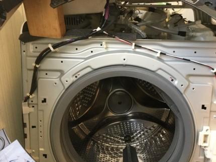 日立斜めドラム洗濯機分解洗浄