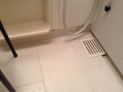 お風呂 床 湯アカ、水アカ、石鹸カス 汚れ落とし