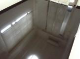 フローリングの剥離洗浄ワックス