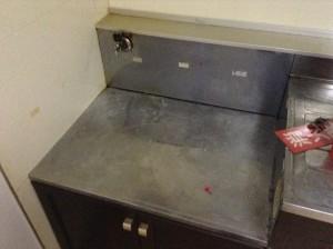 ガスコンロ置き場のステンレス掃除