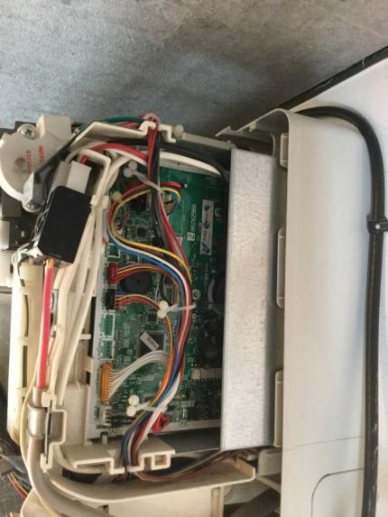 おそうじ機能付きエアコンの分解洗浄