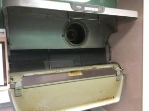 レンジフード換気扇の分解洗浄