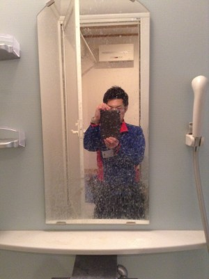 鏡のウロコ落とし