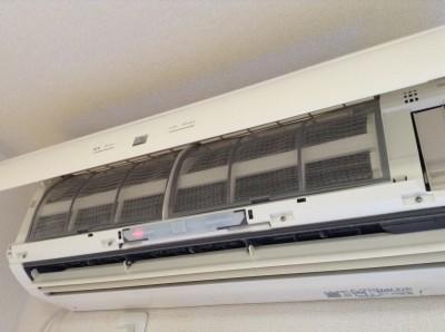エアコン フィルター 汚れ除去