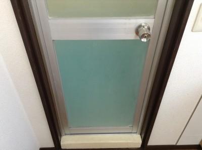 浴室 ドア 水アカ除去