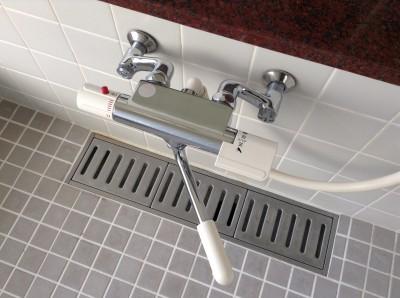 浴室 混合栓 水アカ除去