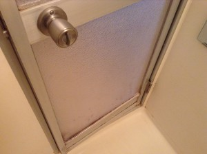 お風呂のドア水アカ落とし