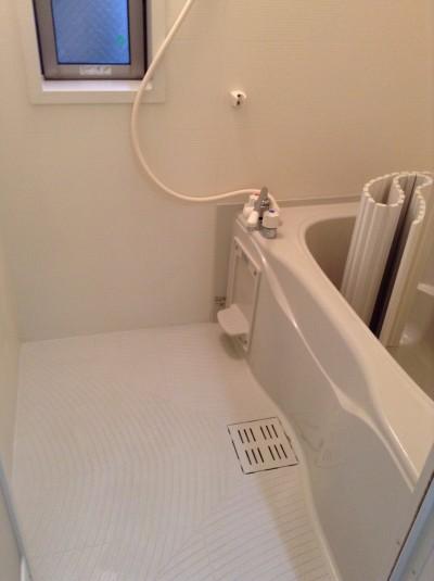 浴室 カビ 湯アカ 水アカ クリーニング