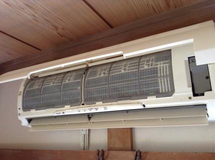 エアコンのリモコンが効かない原因