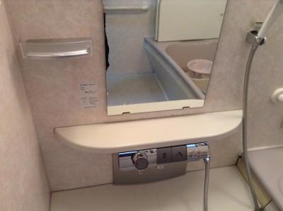 お風呂のドアサッシクリーニング