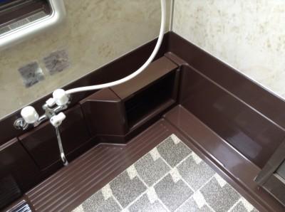 嬬恋村の浴室水アカ落としとコーティング