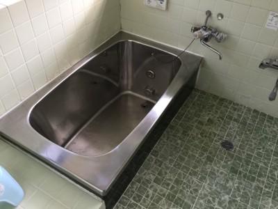 浴室のステンレス水アカ落とし