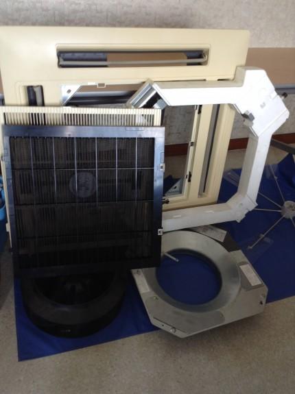 天井埋込エアコンの分解洗浄