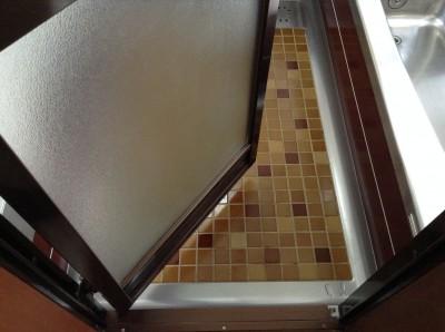 浴室のドアのカルキ落とし