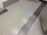 厨房の床の洗浄