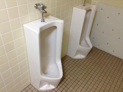 共用トイレクリーニング