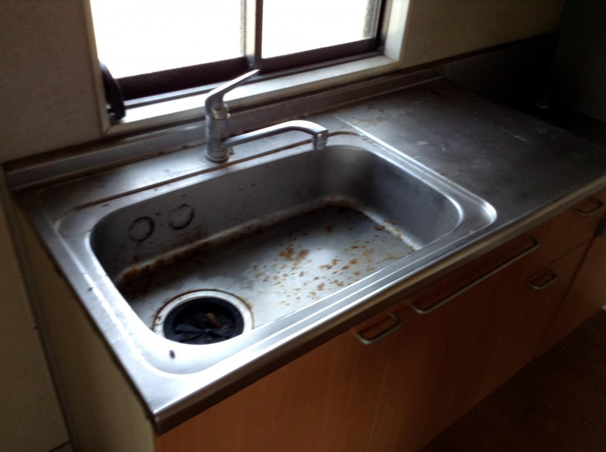 キッチンの流し台シンク再生研磨|佐久市のハウスクリーニングなら