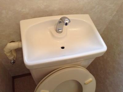 トイレ水栓タンククリーニング