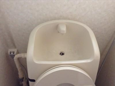 トイレタンクの黒ずみ落とし