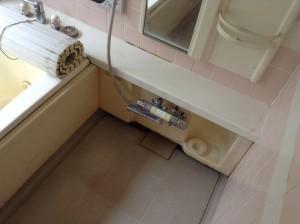 お風呂の天井のカビ落とし方