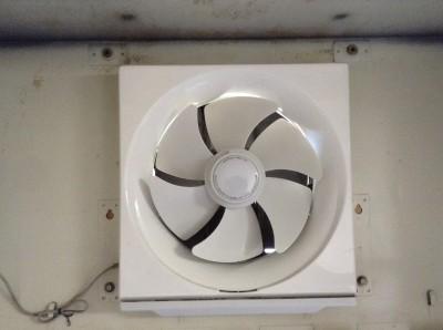 プロペラ式換気扇 分解洗浄