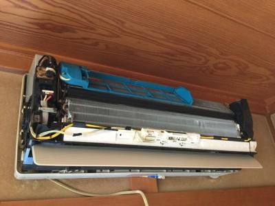 National CS-E282A-W エアコン分解洗浄 古いエアコン