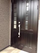 玄関のドア ツヤ出し