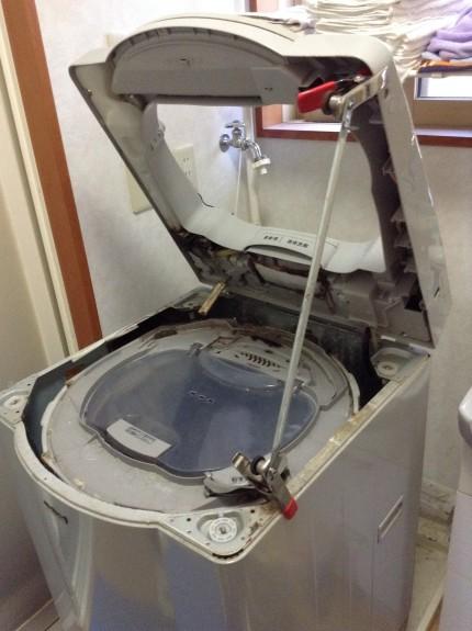 ナショナル洗濯機の分解洗浄