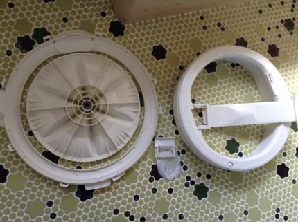 洗濯機の分解洗浄カビ取り
