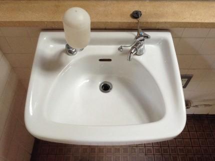 洗面台の磨き