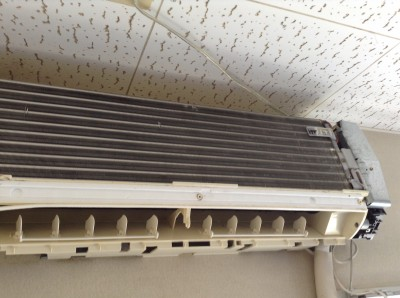 エアコンのアルミフィンのカビクリーニング