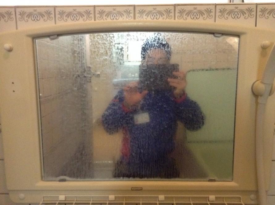 鏡のウロコ除去