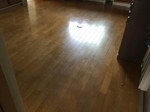 床のハクリ洗浄ワックス