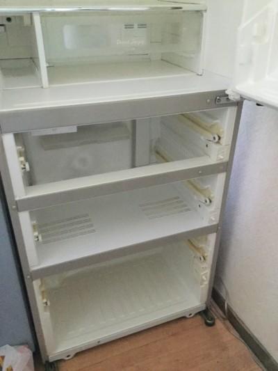 冷蔵庫内クリーニング