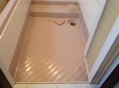 浴室の床ドア周りの洗浄