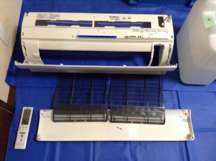シャープのおそうじ機能付きエアコン分解洗浄AY-A22SX-W