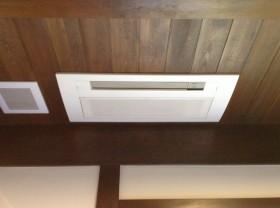 天井埋め込みエアコン分解洗浄