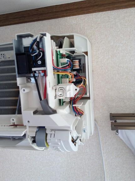エアコンの修理振動音