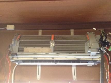 パナソニックおそうじ機能付きエアコンの分解洗浄方法