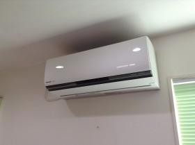 佐久市のパナソニックおそうじ機能付きエアコンのクリーニング