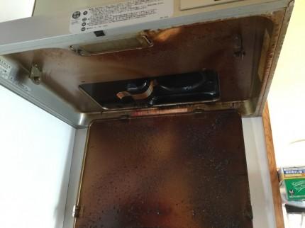 油ギトギト換気扇の分解洗浄