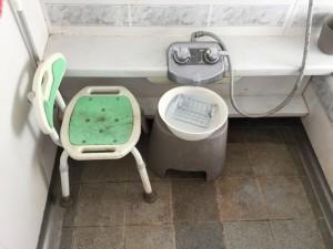 お風呂の小物も一緒に洗浄